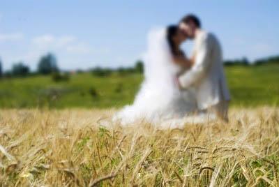 в каком месяце выходить замуж