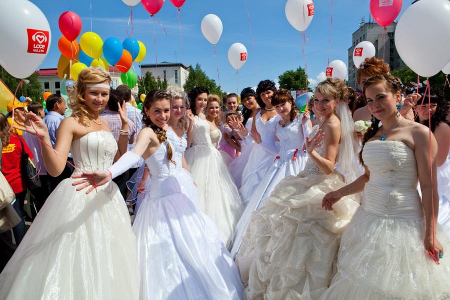 Вы просматриваете изображения у материала: Страна Невест 2012 в Сыктывкаре | Фотограф Виталий Булатов