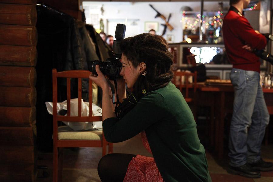 Вы просматриваете изображения у материала: Фотосет Милитари - backstage | Фотограф Александр Брагин